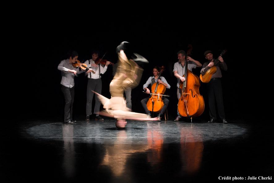 concert-hostel-dieu-merzouki-Folia-credit-Julie-Cherki